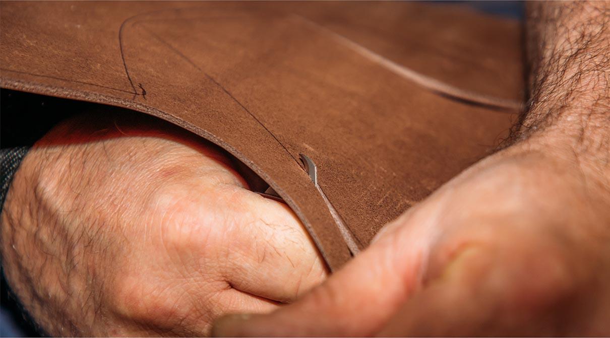 fabrication de la galoche : La découpe