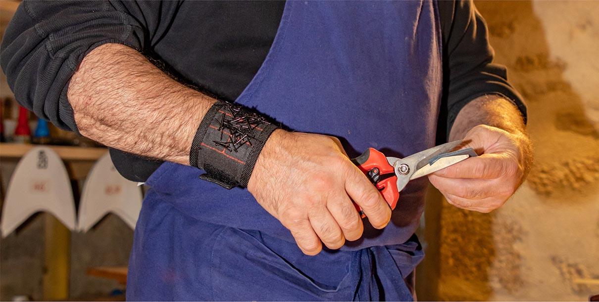 fabrication de la galoche : Découpe du contrefort du talon